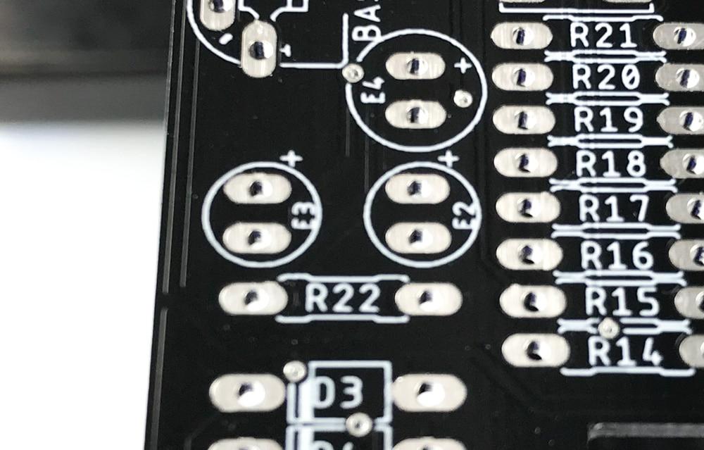 Emplacement condensateur électrolytique