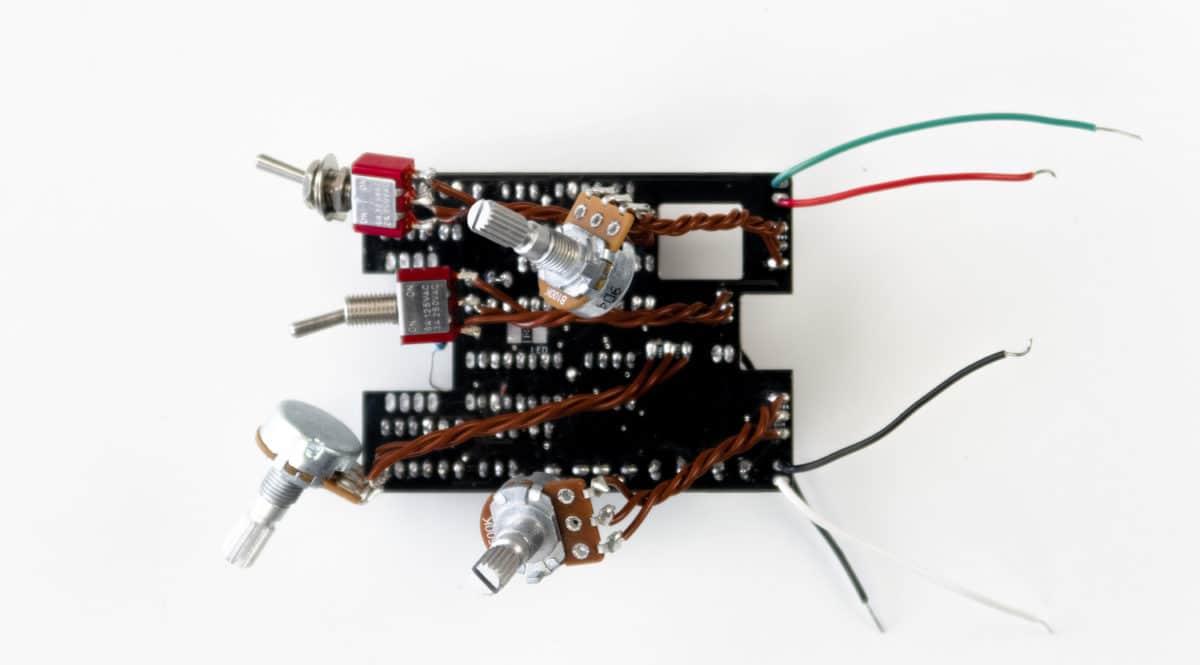 PCB câblé